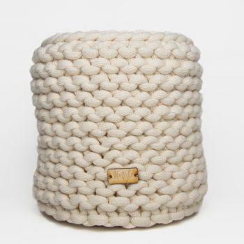 Koszyk robiony na drutach