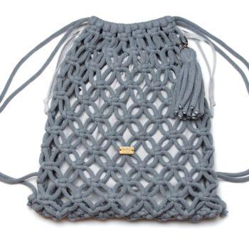 Stalowy plecak z jasno szarym organizerem